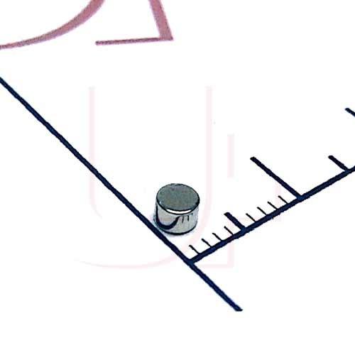 Магнит постоянный неодимовый 3х2 мм 11103