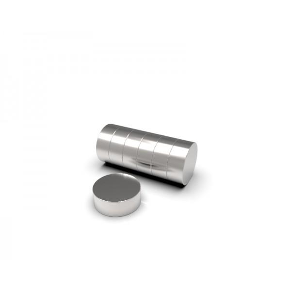 Магнит постоянный неодимовый 8х3 мм